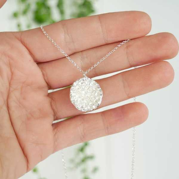 Collier branche en argent massif de la collection Eda