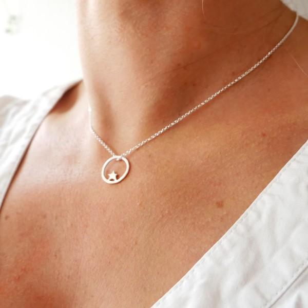 Petit collier étoile Nova en argent massif 925/1000 chaine ajustable Desiree Schmidt Paris Nova 37,00€