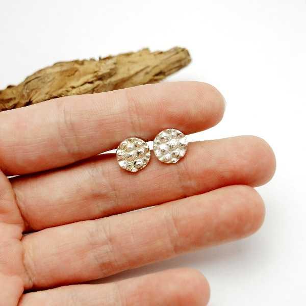 Petites boucles d'oreilles en argent 925 Litchi  Litchi 57,00€