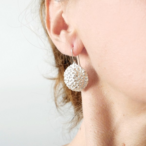 Grandes boucles d'oreilles Litchi en argent massif Litchi 97,00€