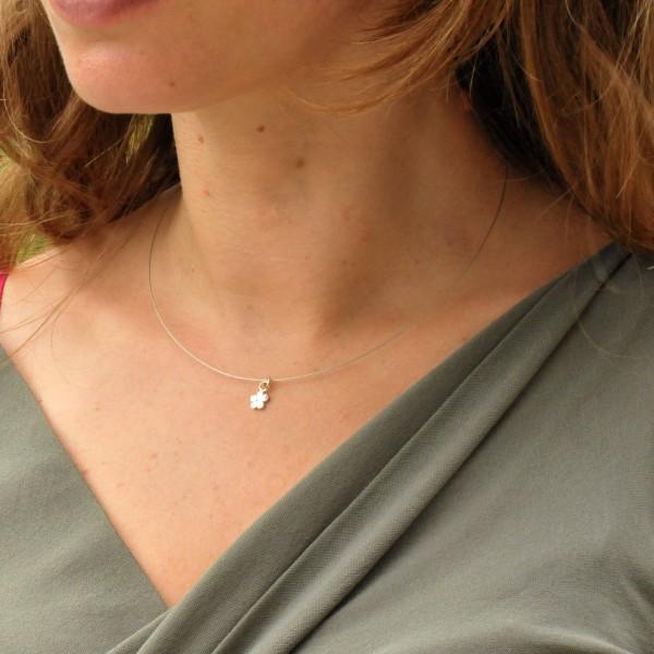 Small Prunus flower pendant in 925/1000 sterling silver and cabled nylon thread Desiree Schmidt Paris Prunus 27,00€