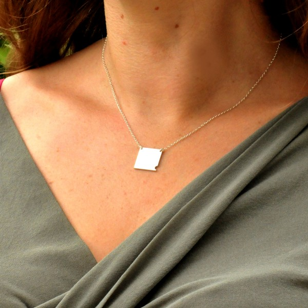 Sterling silver small square necklace  Bubble 57,00 €