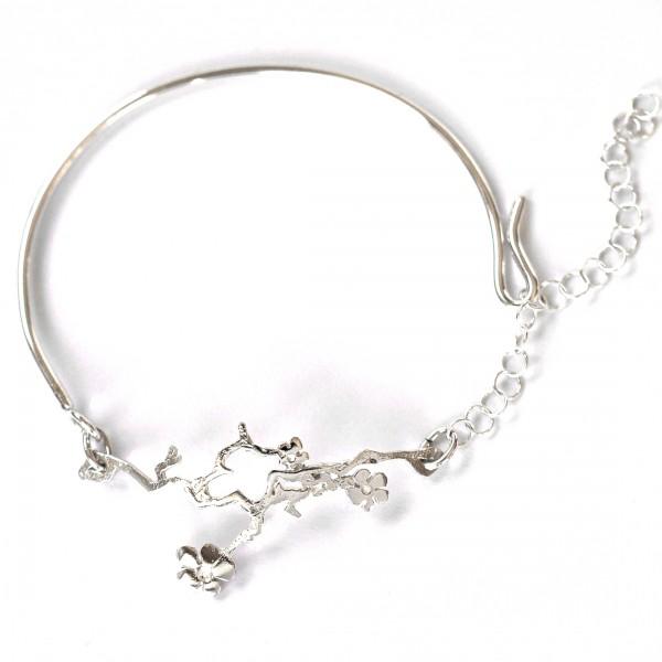 Verstellbarer Blumen Armband aus Sterling Silber Prunus 75,00€