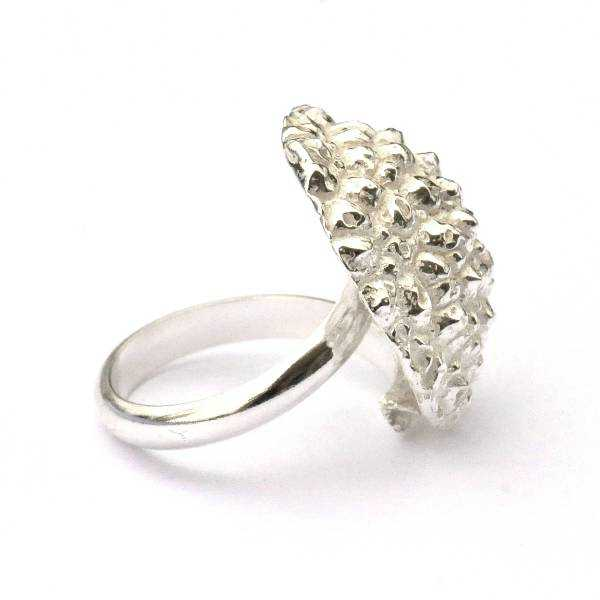 Beautiful Litchi sterling silver adjustable ring Litchi 85,00€