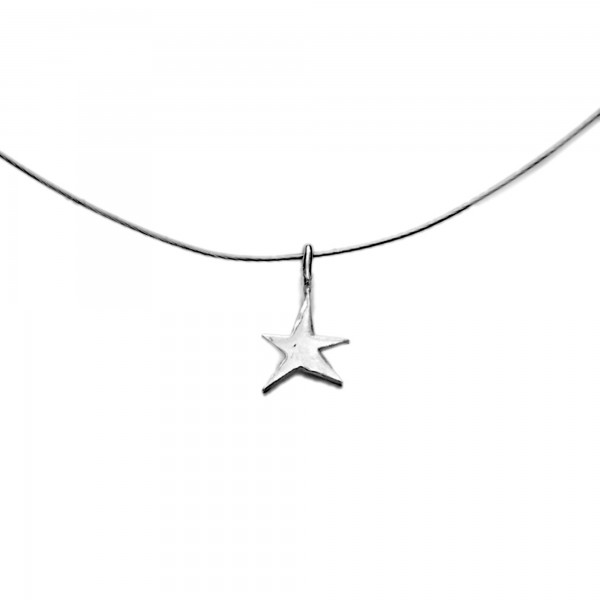 Little sterling silver star pendant on cable Sati 27,00 €