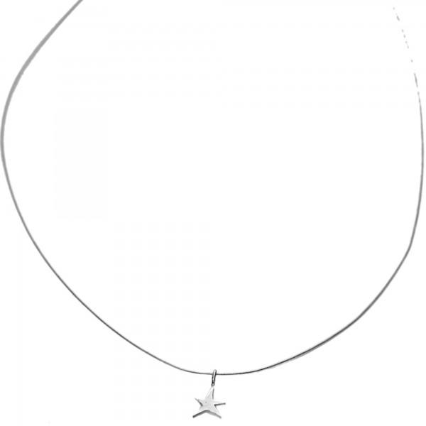Little sterling silver star pendant on cable Desiree Schmidt Paris Sati 27,00€