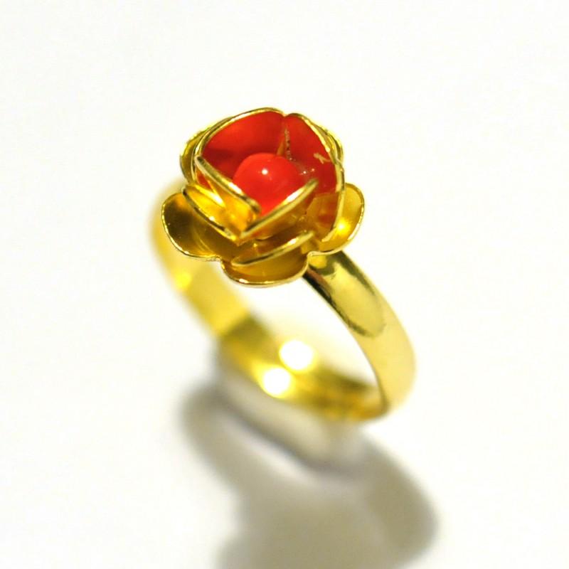 Petite bague rose dorée à l'or fin et perle de verre blanche Rose 30,00€