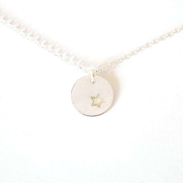 Petit collier Etoile phosphorescente en argent massif 925/1000  Colliers 35,00€