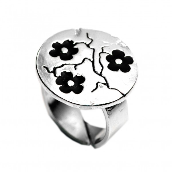 Black Cherry Blossom adjustable sterling silver ring  Cherry Blossom 107,00 €