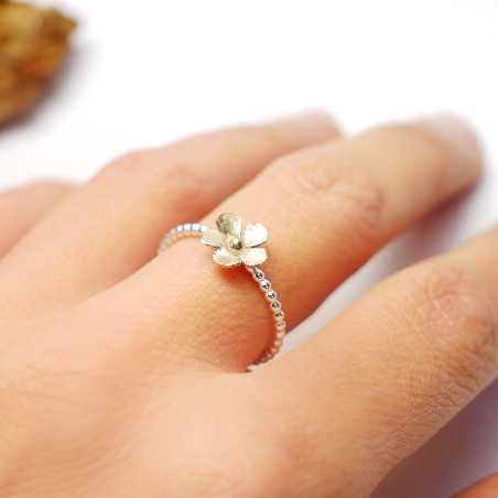 Small bronze Sakura flower on sterling silver ring Sakura 37,00 €