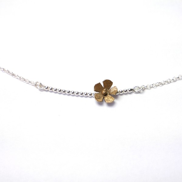 Small Sakura flower necklace in sterling silver and bronze flower Sakura 47,00 €