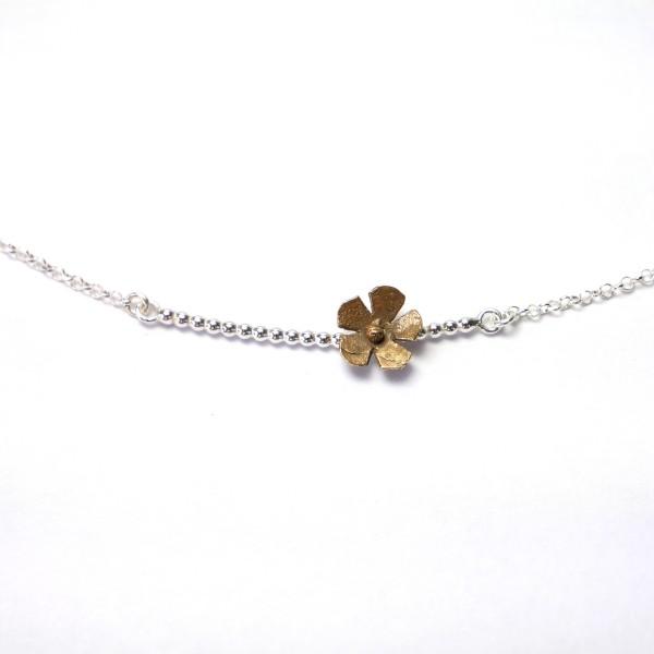 Small Sakura flower necklace in sterling silver and bronze flower Sakura 47,00€