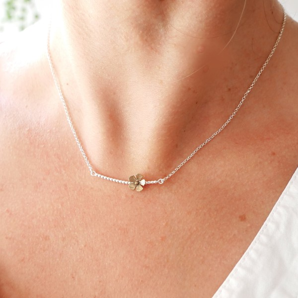 Small Sakura flower necklace in sterling silver and bronze flower Desiree Schmidt Paris Sakura 47,00€