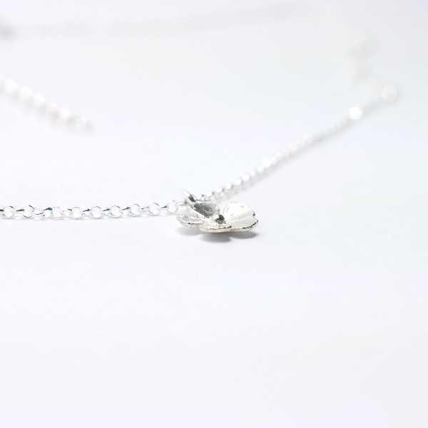 pendant on 925/1000 silver flower chain made in France Desiree Schmidt Paris Sakura 35,00€