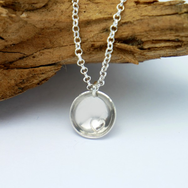 Minimalistische kleine Sterling Silber Hertz Halskette MIN 27,00€