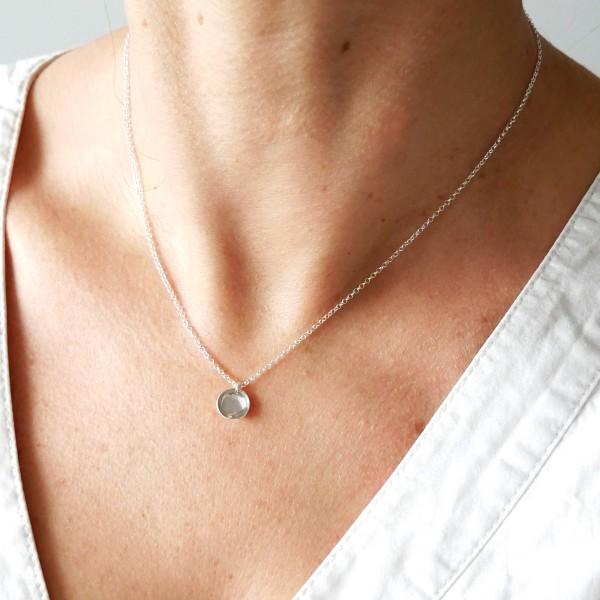 Petit collier minimaliste en argent massif 925/1000 Desiree Schmidt Paris MIN 27,00€