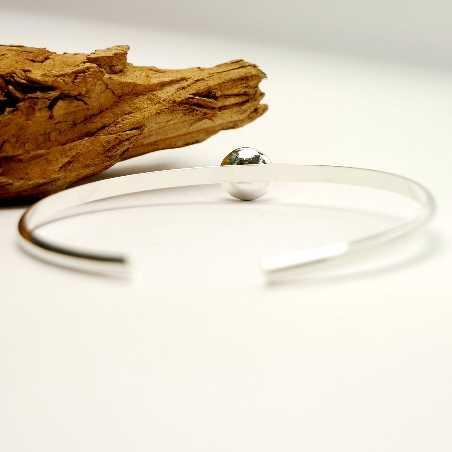 Sterling silver elegant minimalist bracelet with nugget  Nuggets 47,00€