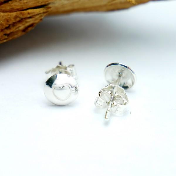 Sterling silver minimalist heart earrings MIN 25,00€