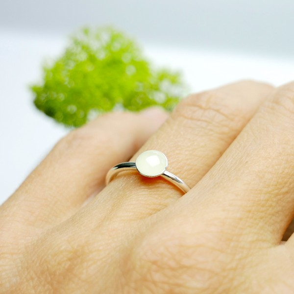 Little sterling silver ring with phosphorescent resin NIJI 25,00€
