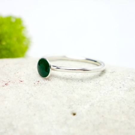 Little sterling silver ring with fir green resin NIJI 25,00 €
