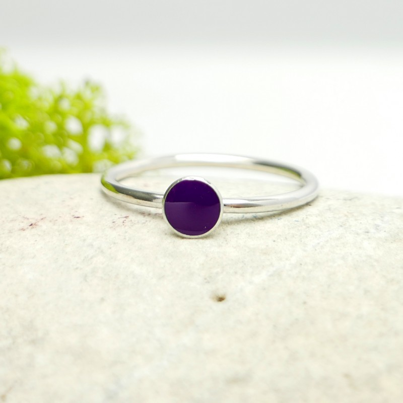 Little sterling silver ring with violet resin NIJI 25,00€