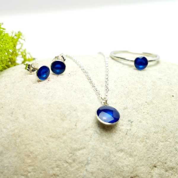 Sterling silver transluscent blue pendent with chain NIJI 27,00€