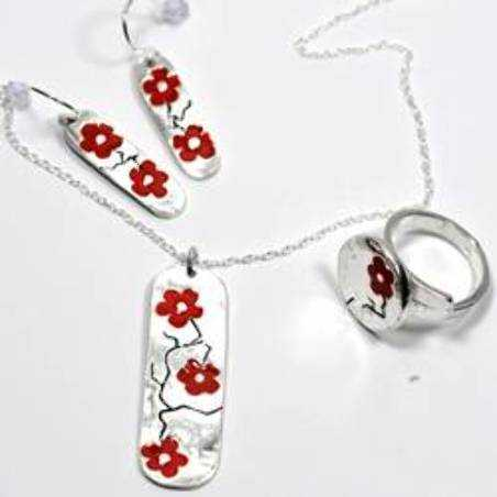 Minimalist necklace red flower silver 925 made in France Desiree Schmidt Paris Cherry Blossom 77,00€