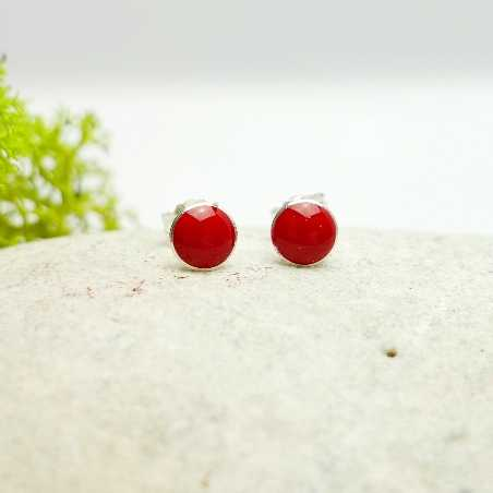 Petites boucles d'oreilles puces en argent 925 et résine rouge coquelicot collection Niji  NIJI 25,00€