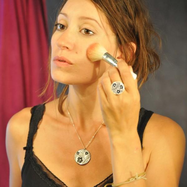 Grosse Kirschblume schwarze Kette. Sterling Silber. Desiree Schmidt Paris Kirschblumen 107,00€
