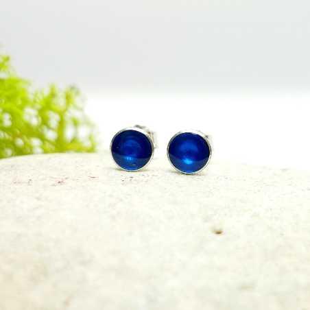 Sterling silver minimalist earrings with transluscentblue resin NIJI 25,00€