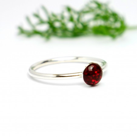 Little sterling silver ring with garnet red sequined resin NIJI 25,00€