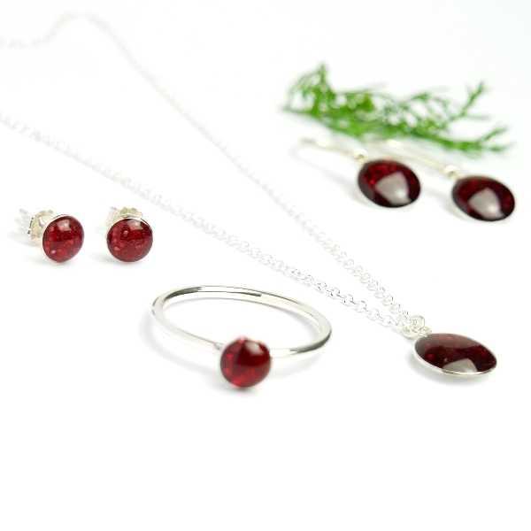 Minimalistischer kleiner Sterling Silber Ring Mit Pailletten besetztes Granat rotes Harz  NIJI 25,00€