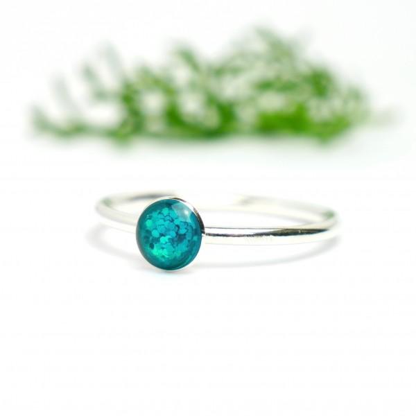 Minimalistischer kleiner Sterling Silber Ring Mit Pailletten besetztes Blaues Harz  NIJI 25,00€