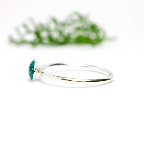 Little sterling silver ring with duck green sequined resin NIJI 25,00 €