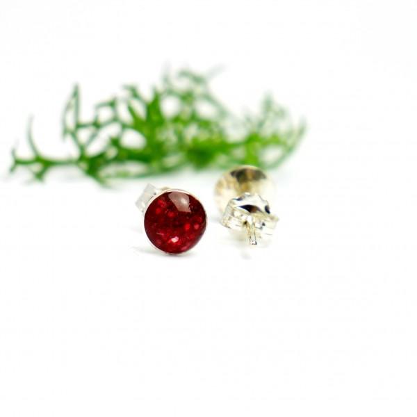 Minimalistische kleine Sterling Silber Ohrringe mit Pailleten besetztes Granatrotes Harz NIJI 25,00€