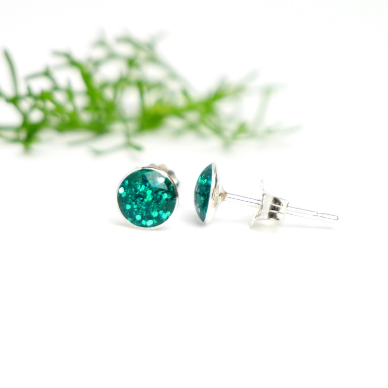 Sterling silver minimalist earrings with sequined duck green resin NIJI 25,00 €