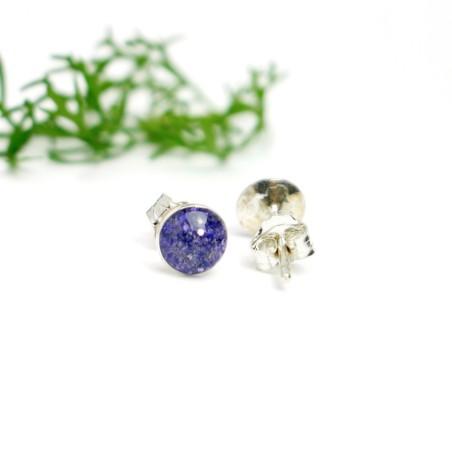 Petites boucles d'oreilles puces en argent 925 et résine violet pailleté collection Niji NIJI 25,00€
