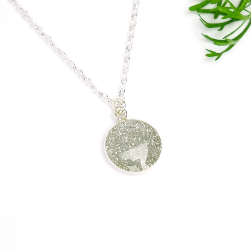 Sterling silver sequined silver pendent with chain Desiree Schmidt Paris NIJI 27,00€