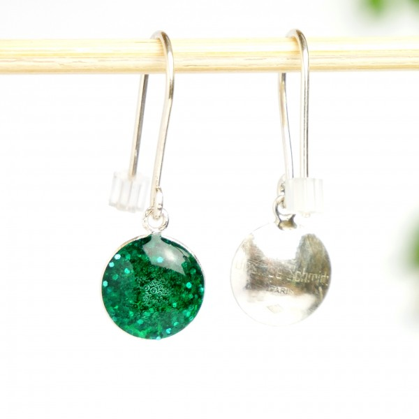 Sterling silver emerald green sequins minimalist pendent earrings  NIJI 30,00 €