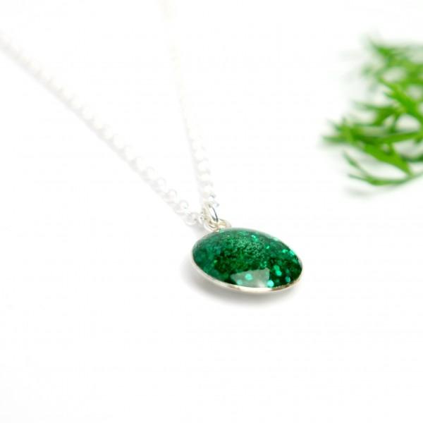 Pendentif minimaliste en argent 925 et résine vert émeraude pailleté  NIJI 27,00€