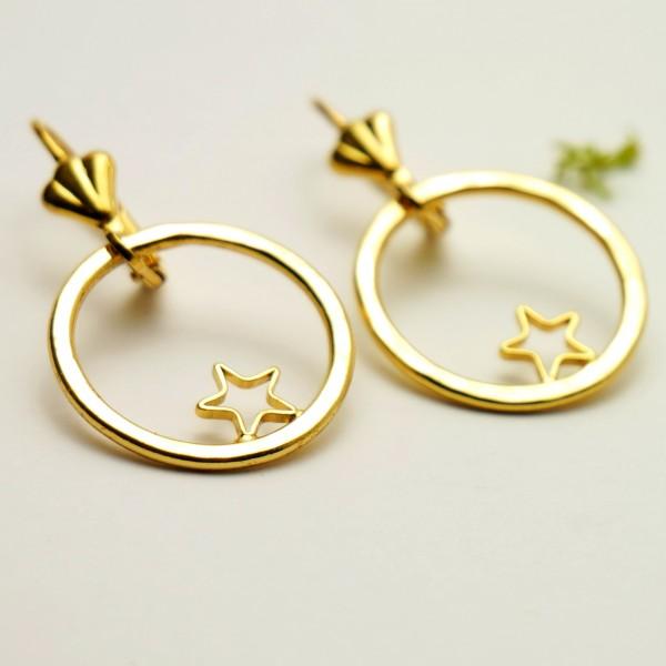 Boucles d'oreilles pendentes étoiles dorées à l'or fin  Nova 57,00€
