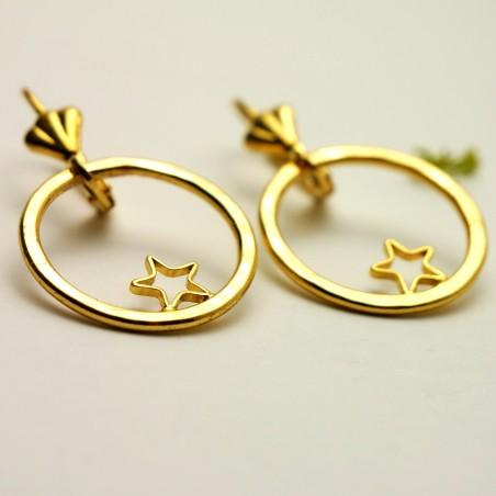 Boucles d'oreilles pendentes étoiles dorées à l'or fin Nova 55,00€