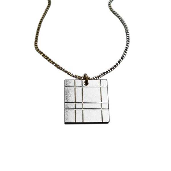 Kilt square necklace. Sterling silver. Kilt 47,00 €