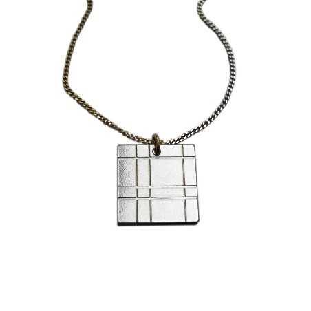 Kilt square necklace. Sterling silver.  Kilt 47,00€