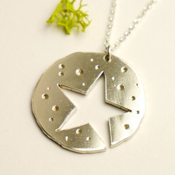 Star pendant on chain. Sterlin silver.  Star 77,00 €