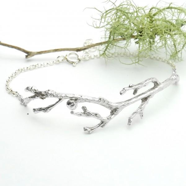 Bracelet branche en argent massif semi-rigide Eda 85,00€