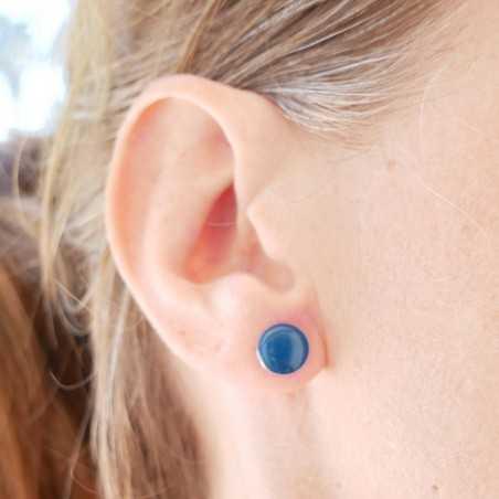 Boucles d'oreilles rondes en argent 925 et résine bleu pervenche collection Niji NIJI 30,00€