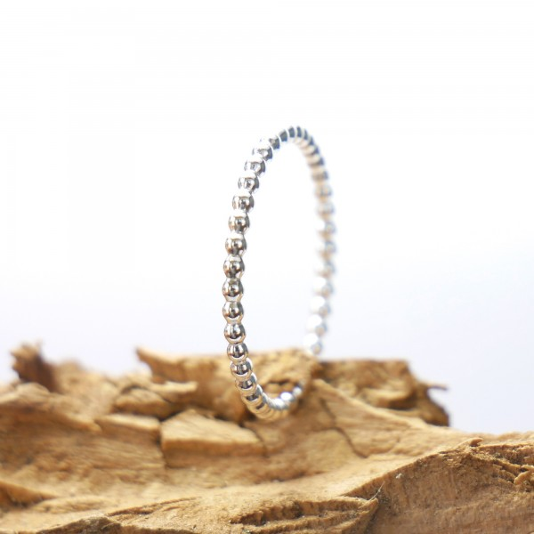 Anneau empilable perlé en argent 925 minimaliste