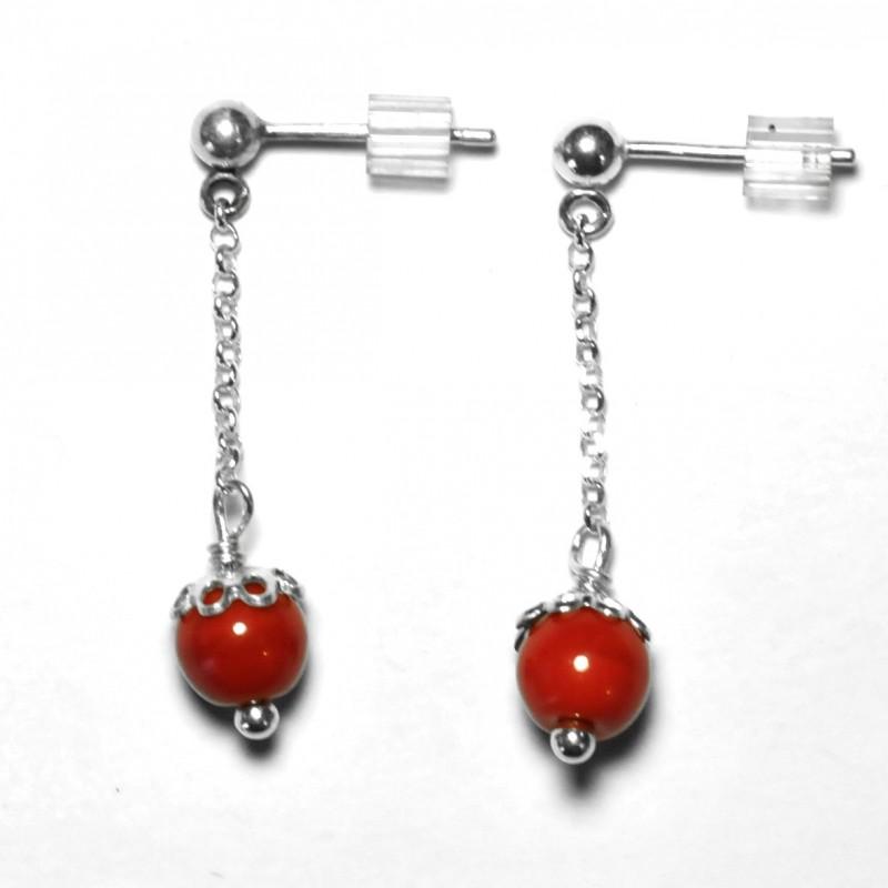 Sterling silver pendant earrings. Glass beads.  Basic 27,00€