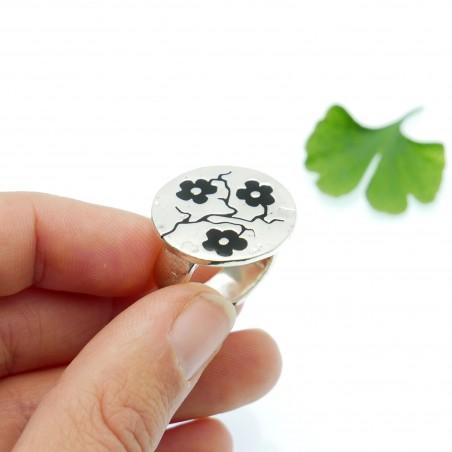 Minimalistische kleine Sterling Silber Ohrringe mit Stern